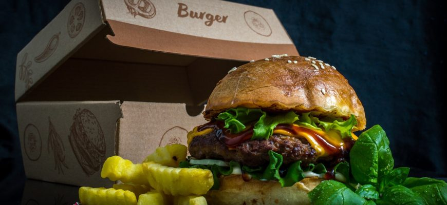 Burger Food Hamburger Lunch  - InsomniaGroup / Pixabay